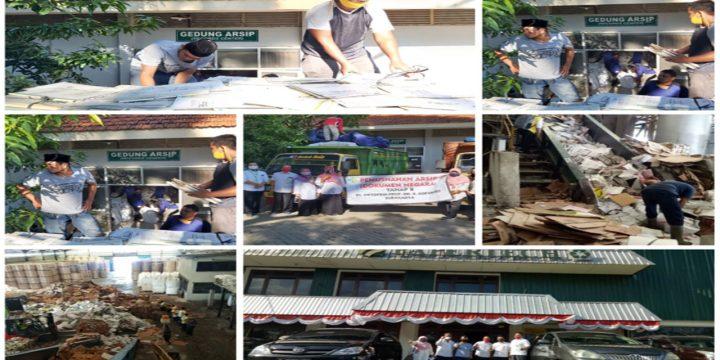 Pemusnahan Arsip Tahap II di RSO. Prof. Dr.R.Soeharso Surakarta